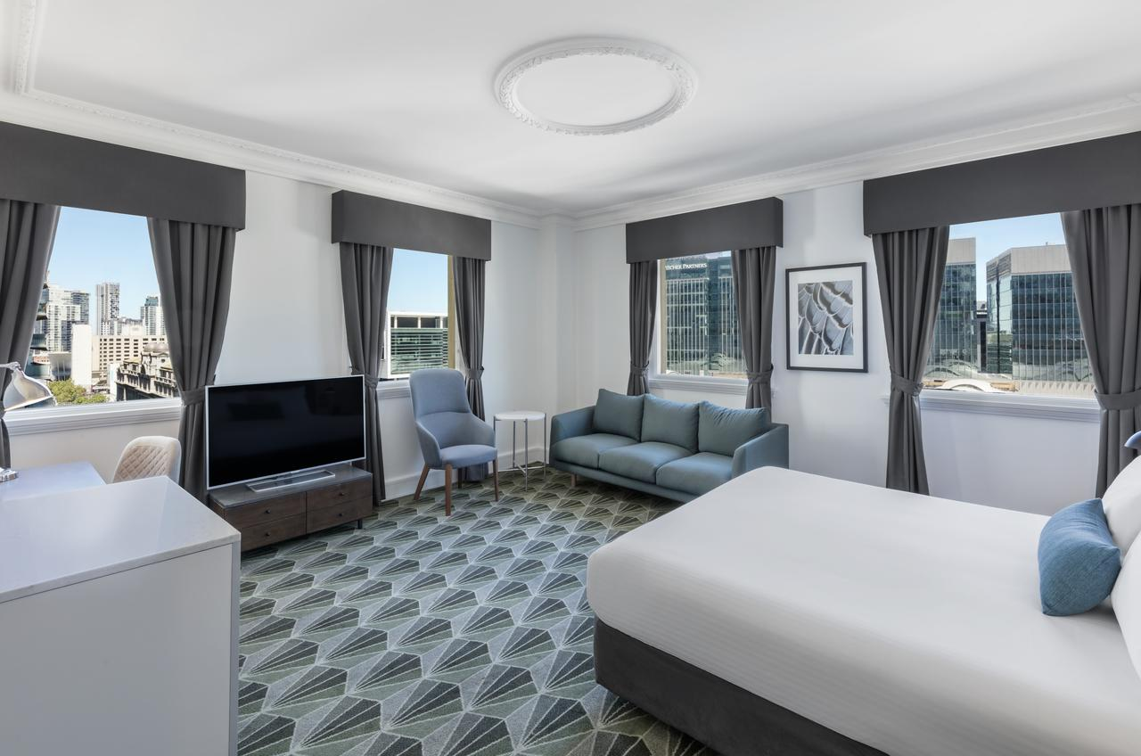 The Savoy Hotel on Little Collins Melbourne - Accommodation QLD