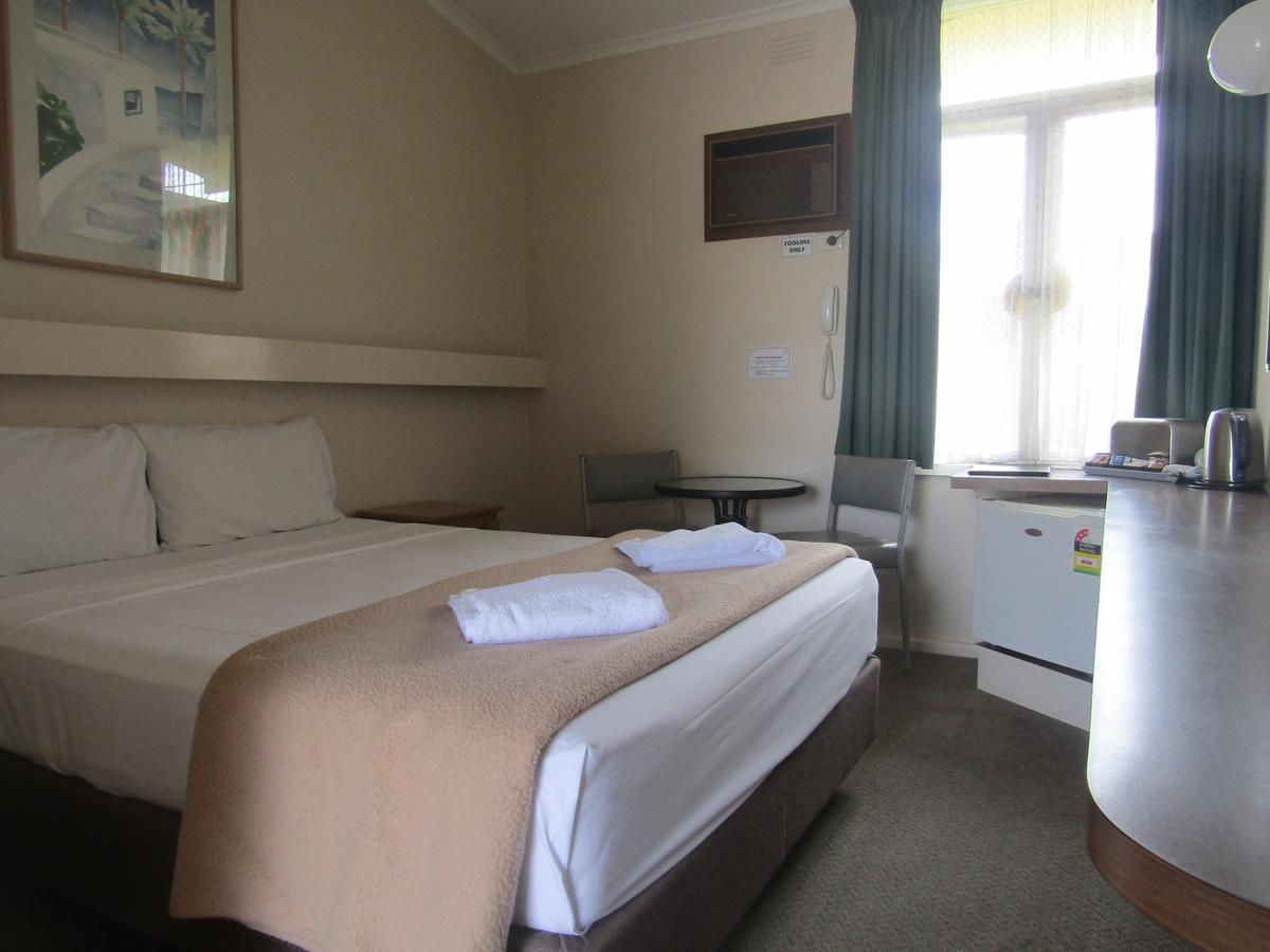 Twin City Motor Inn - Accommodation QLD