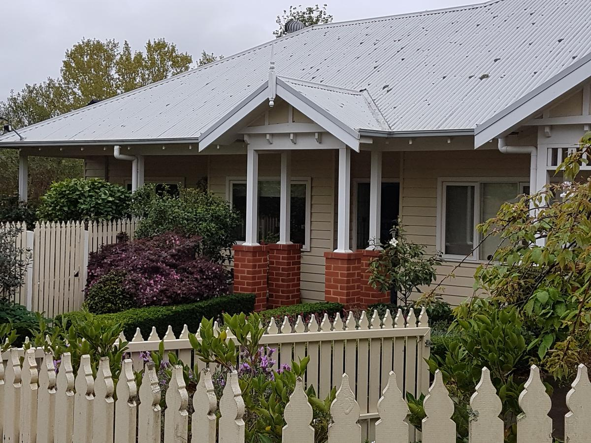 Healesville House - Fig Tree House - Accommodation QLD