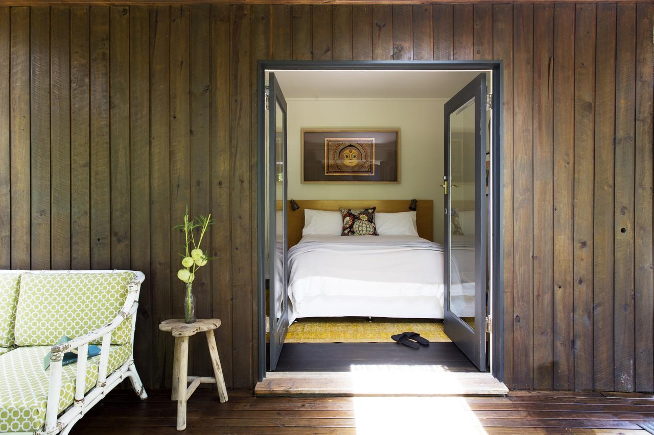 Botanica Editions - Accommodation QLD