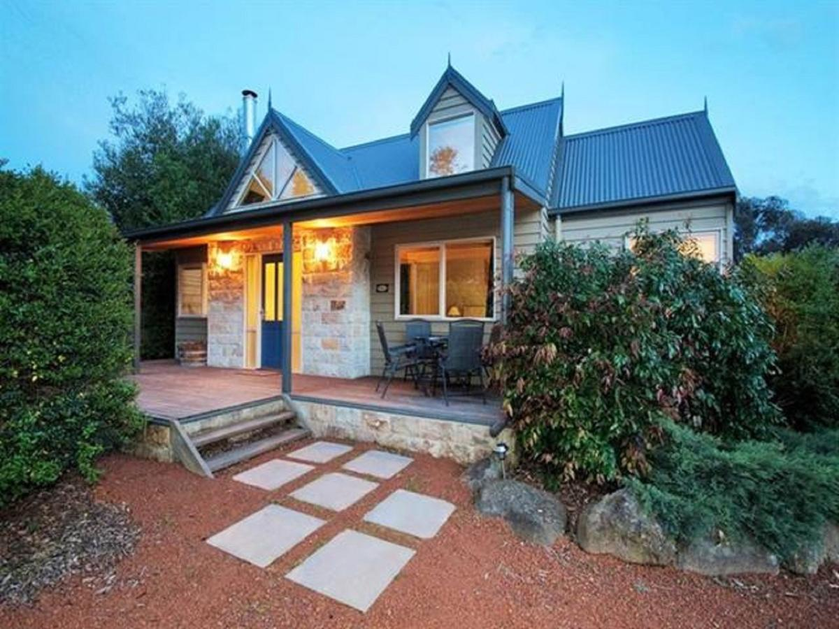 Two Truffles Cottages - Accommodation QLD