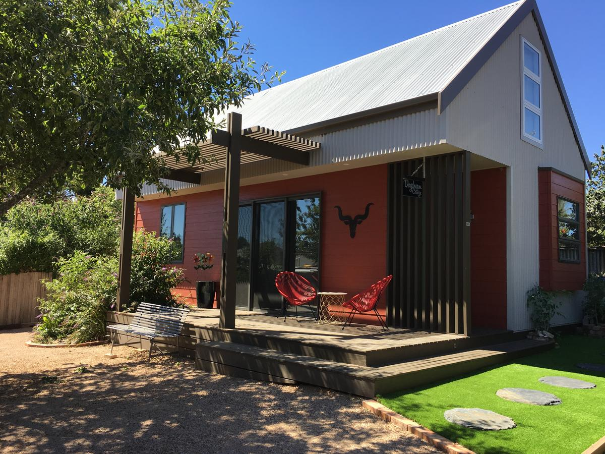 Daydream Cottage - Accommodation QLD