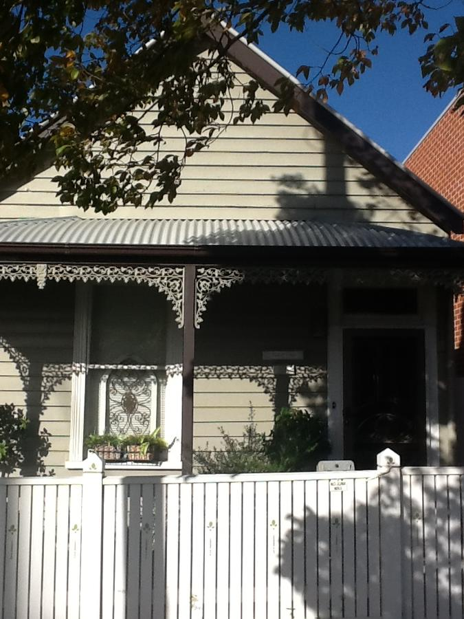 Redruth Cottage - Accommodation QLD