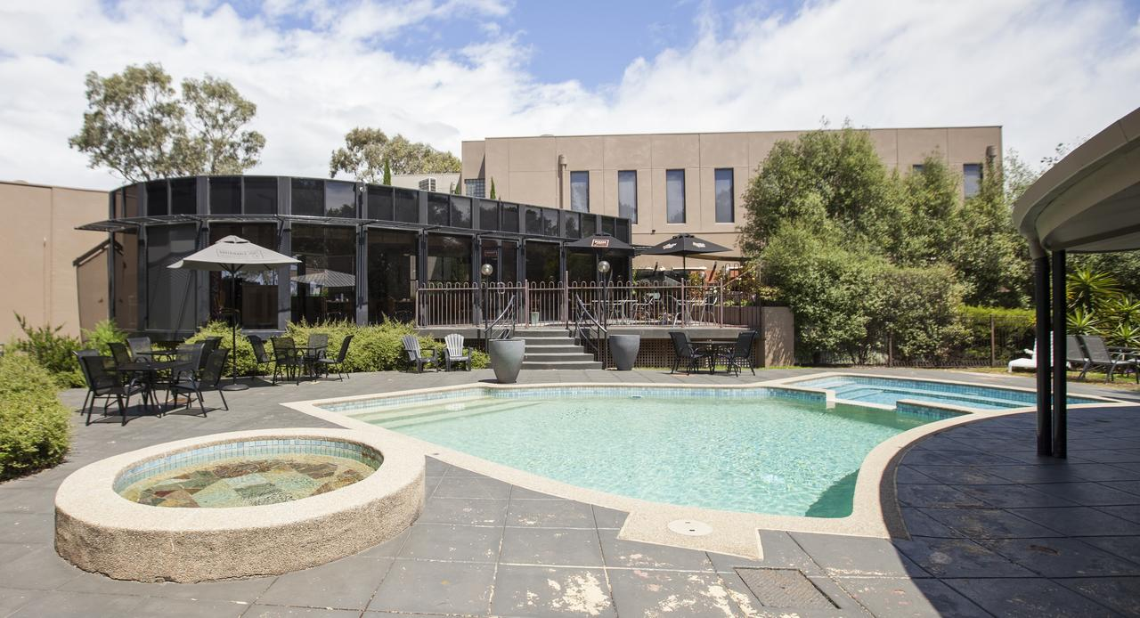 Dingley Hotel - Accommodation QLD