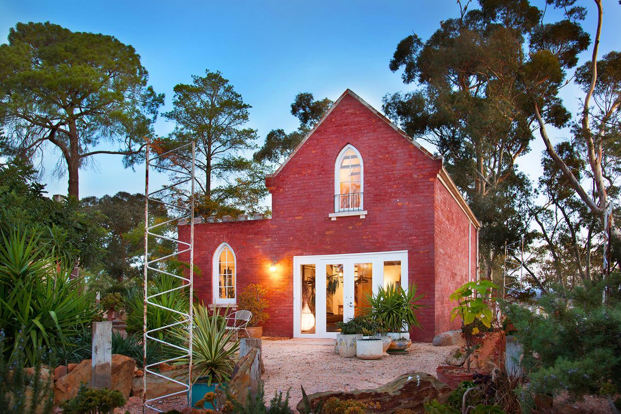 bebe castlemaine - Accommodation QLD