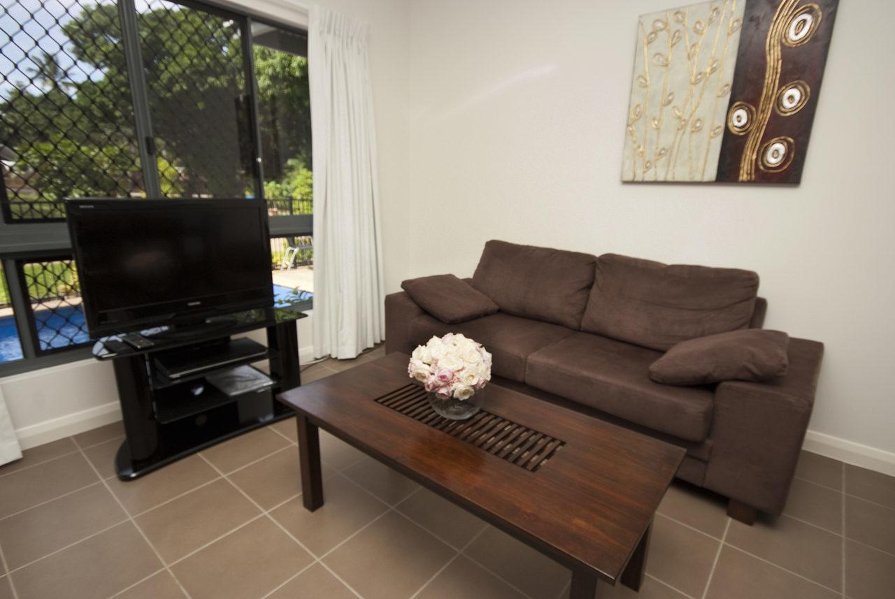 Woodville Beach Townhouse 6 - Accommodation QLD