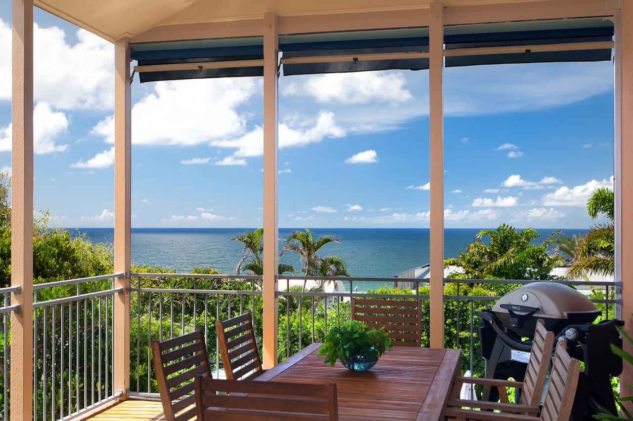 Jolly Roger's Beach House - Accommodation QLD