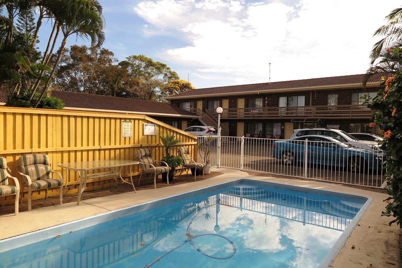 Twin Pines Motel - Accommodation QLD