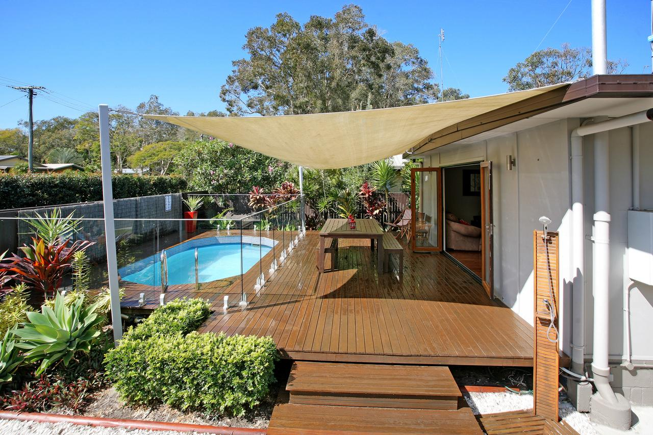 Beach House on Jones Parade Central Coolum Beach - Accommodation QLD
