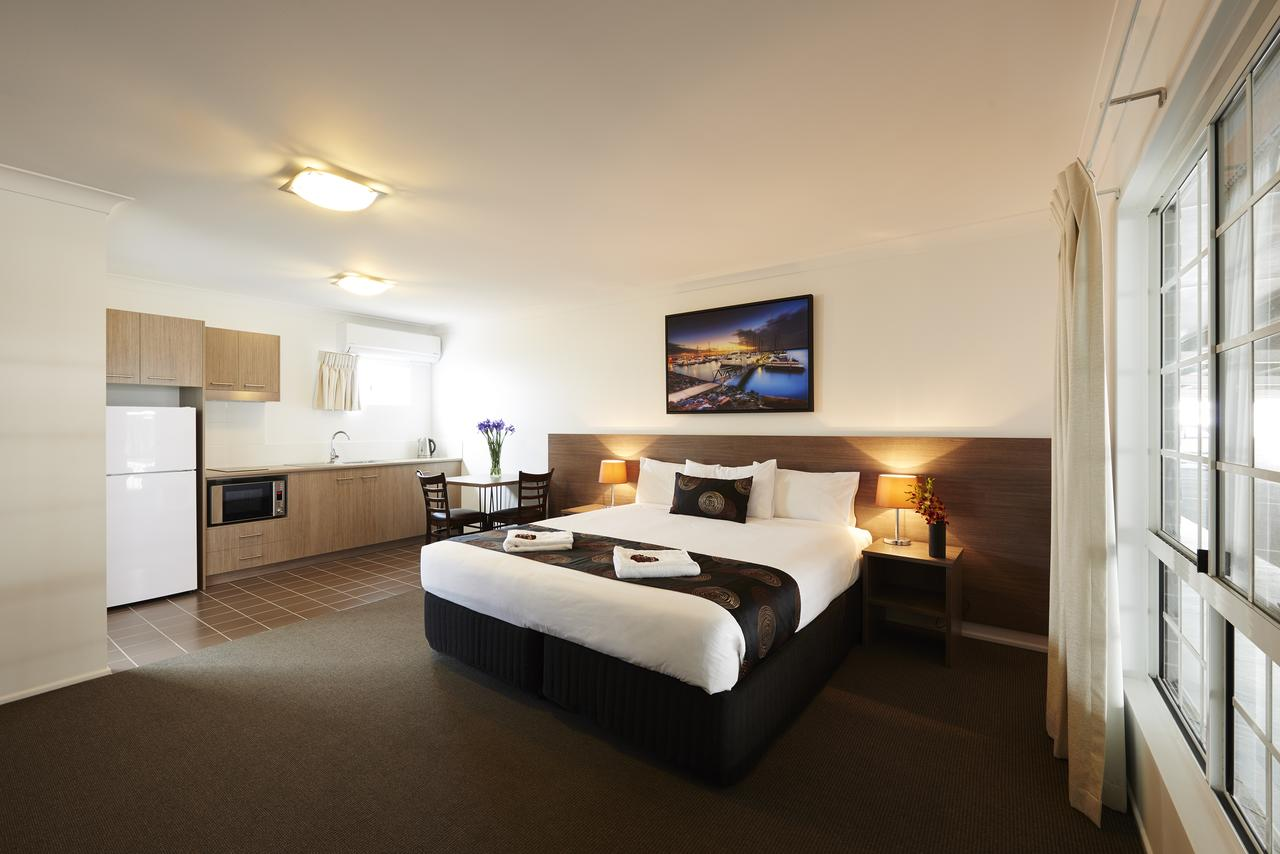 Takalvan Motel - Accommodation QLD