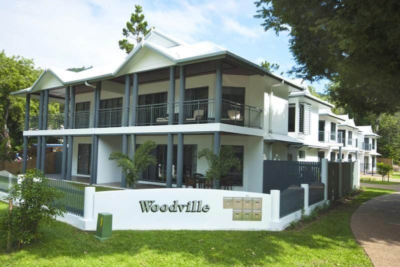 Woodville Beach Townhouse 5 - Accommodation QLD
