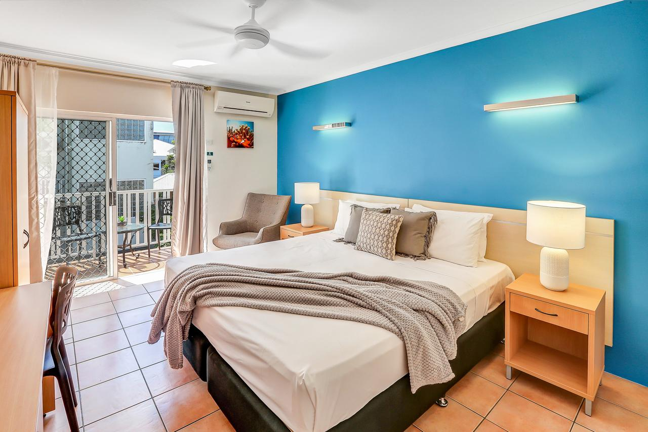 Coral Tree Inn - Accommodation QLD