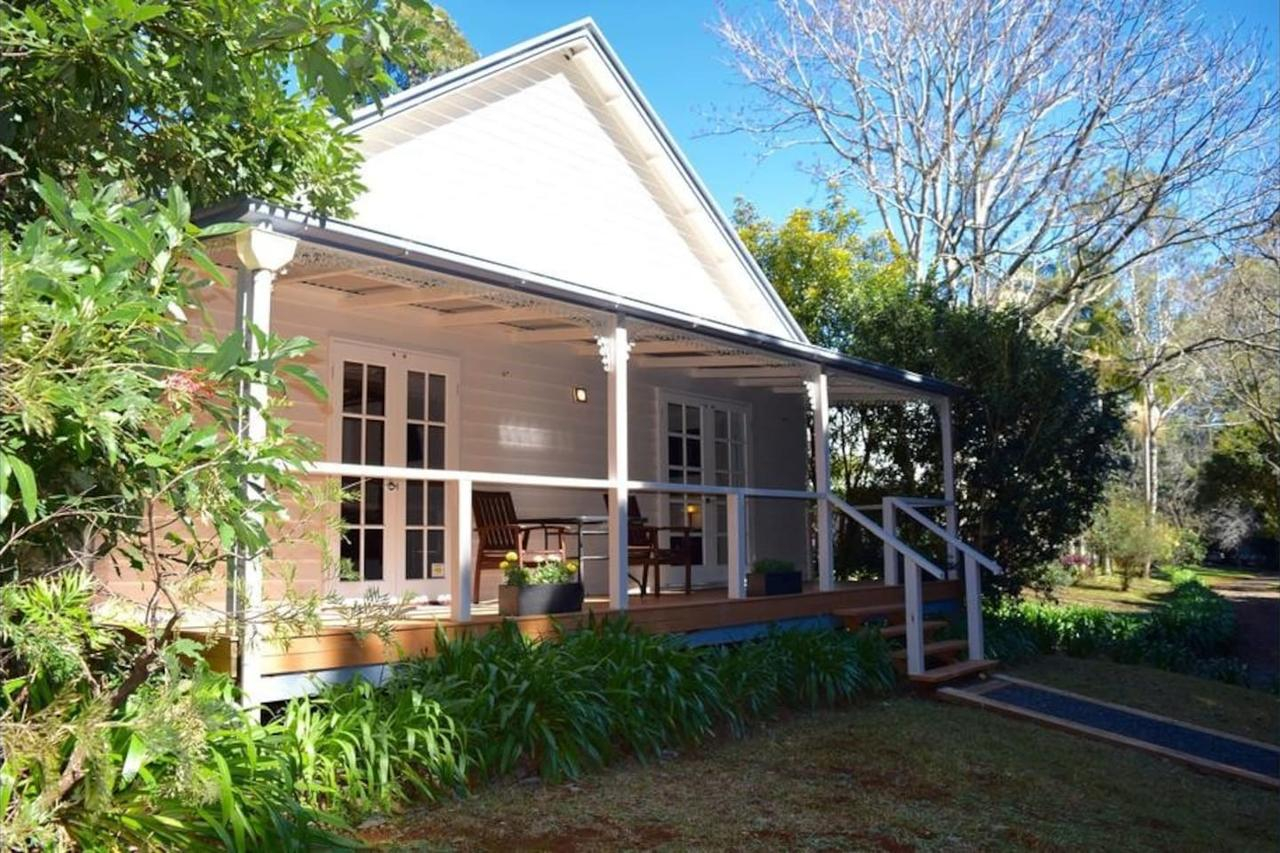 Curtis Falls Cottage - Accommodation QLD