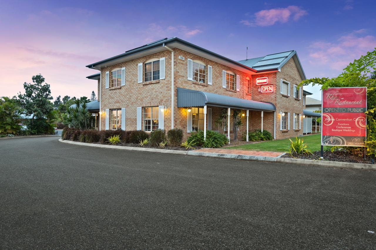 Coopers Colonial Motel - Accommodation QLD
