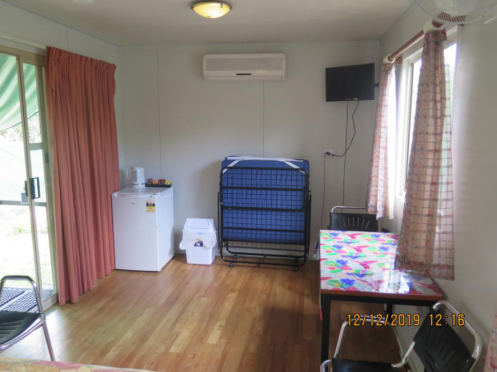 Batchelor Holiday Park - Accommodation QLD